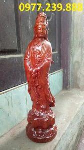 tượng quan âm đứng bằng gỗ hương lào